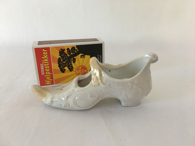 Antikk Sko i Porselen, rokokkostil Antiqua Et Hodierna